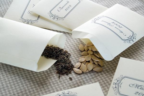 Пакетики с семенами
