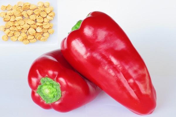 Перец с семенами